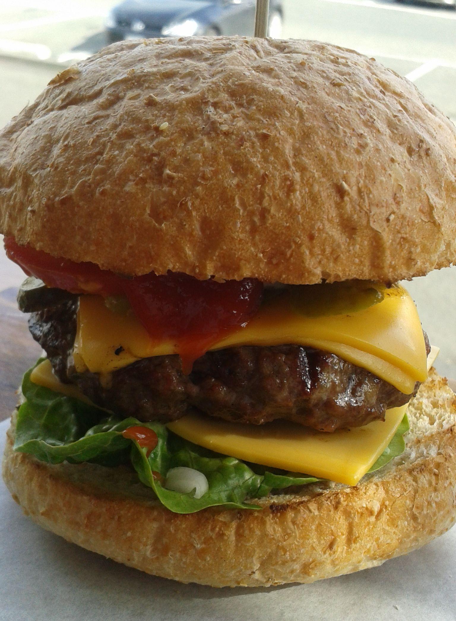 Ménage à Trois @ The Burger Haus